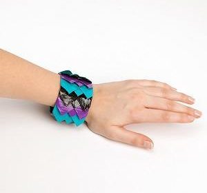Duck Tape Scalloped Bracelet