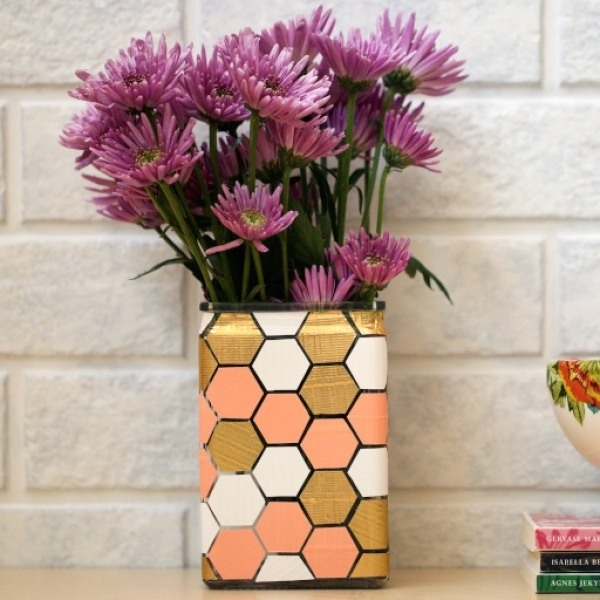 Honeycomb Vase Main